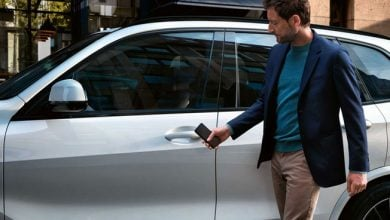 Photo of همکاری اپل با بی ام و برای طراحی کلید دیجیتال CarKey در گوشی آیفون